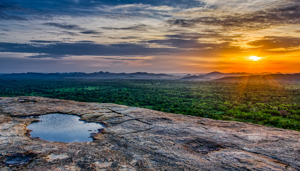 Sunrise from Pidurangala Rock